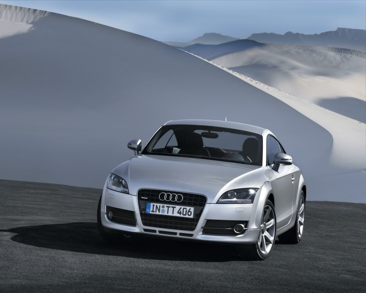 Audi TT 2007 Front Wallpapers - 1280x1024 - 300147
