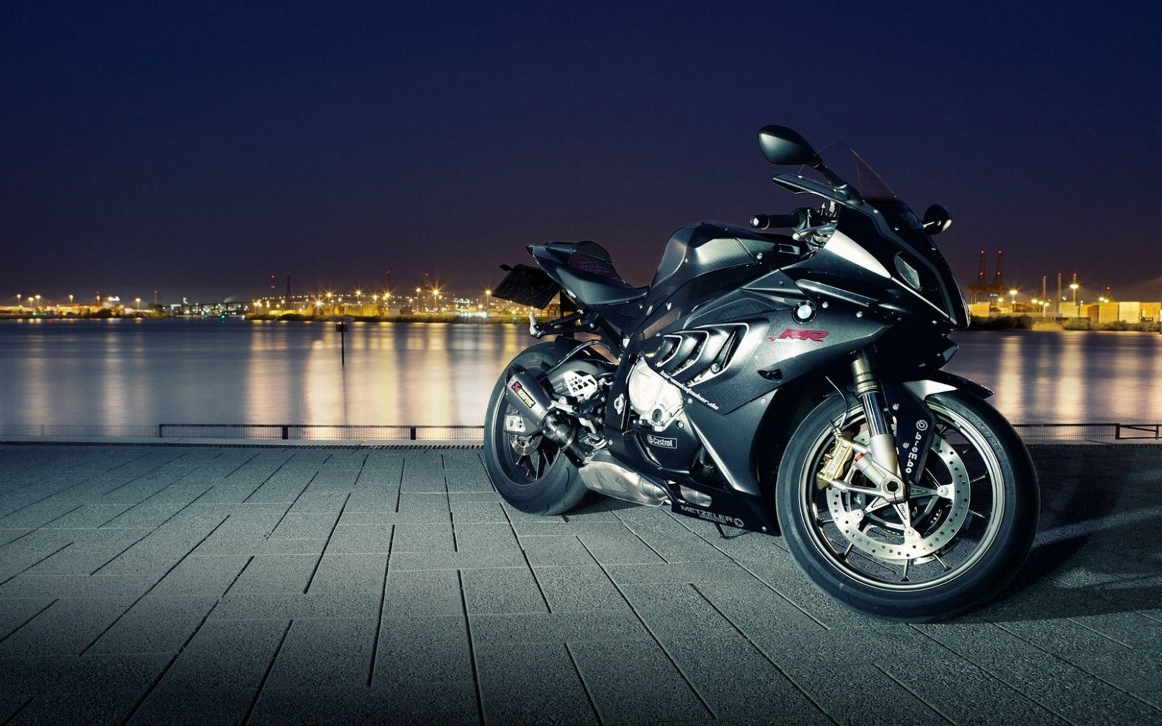 BMW RR Motorcycles  1680 X 1050 Download Close