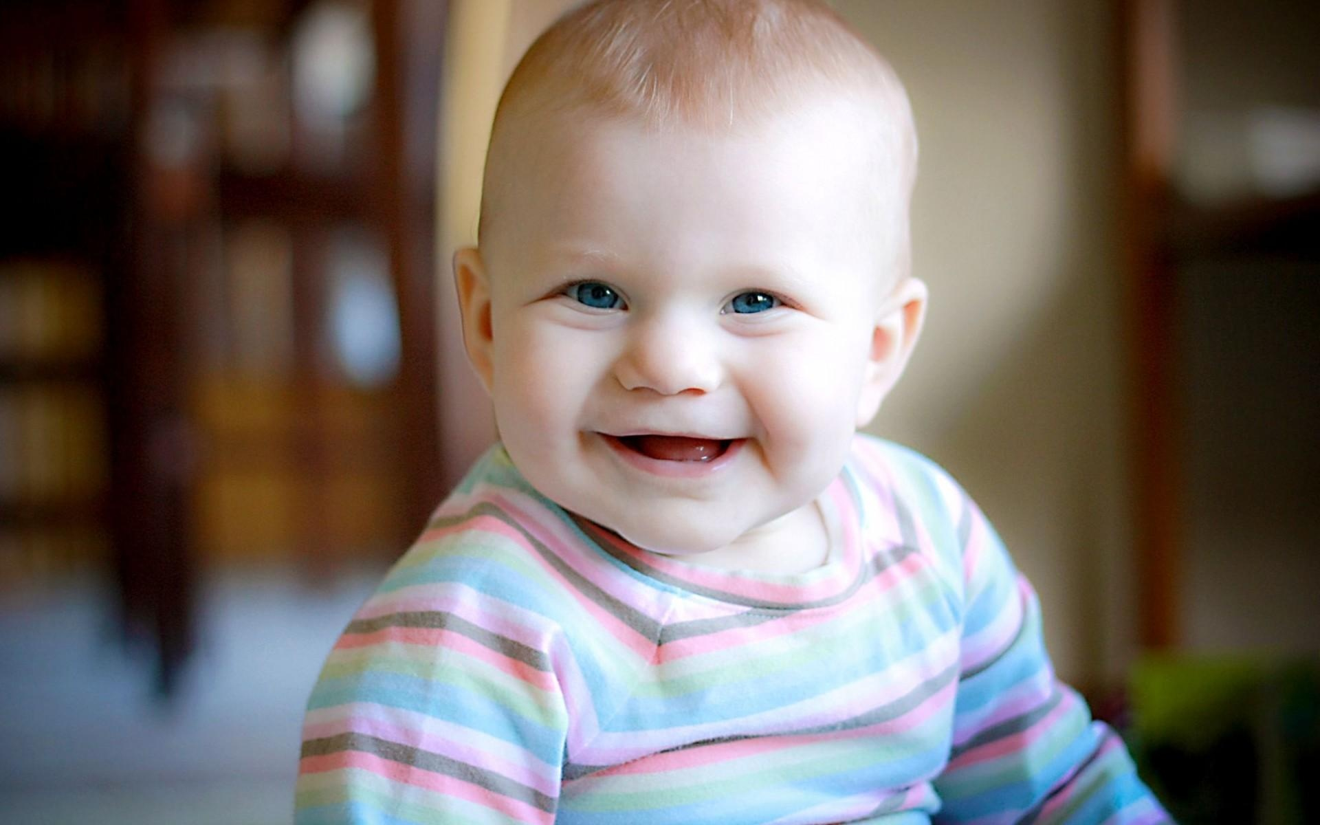 Cute Smile Boy With Blue Eyes   1920 x 1200   Download   CloseCute Mixed Baby Boy With Blue Eyes