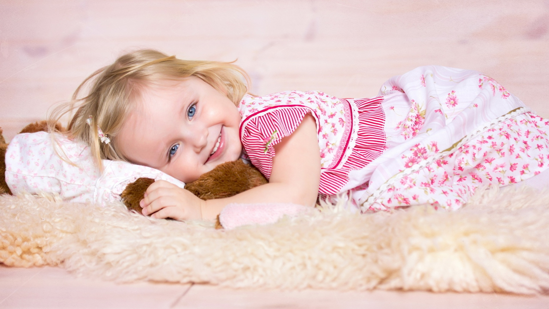 Cute smiling baby girl 1920 x 1080 download close