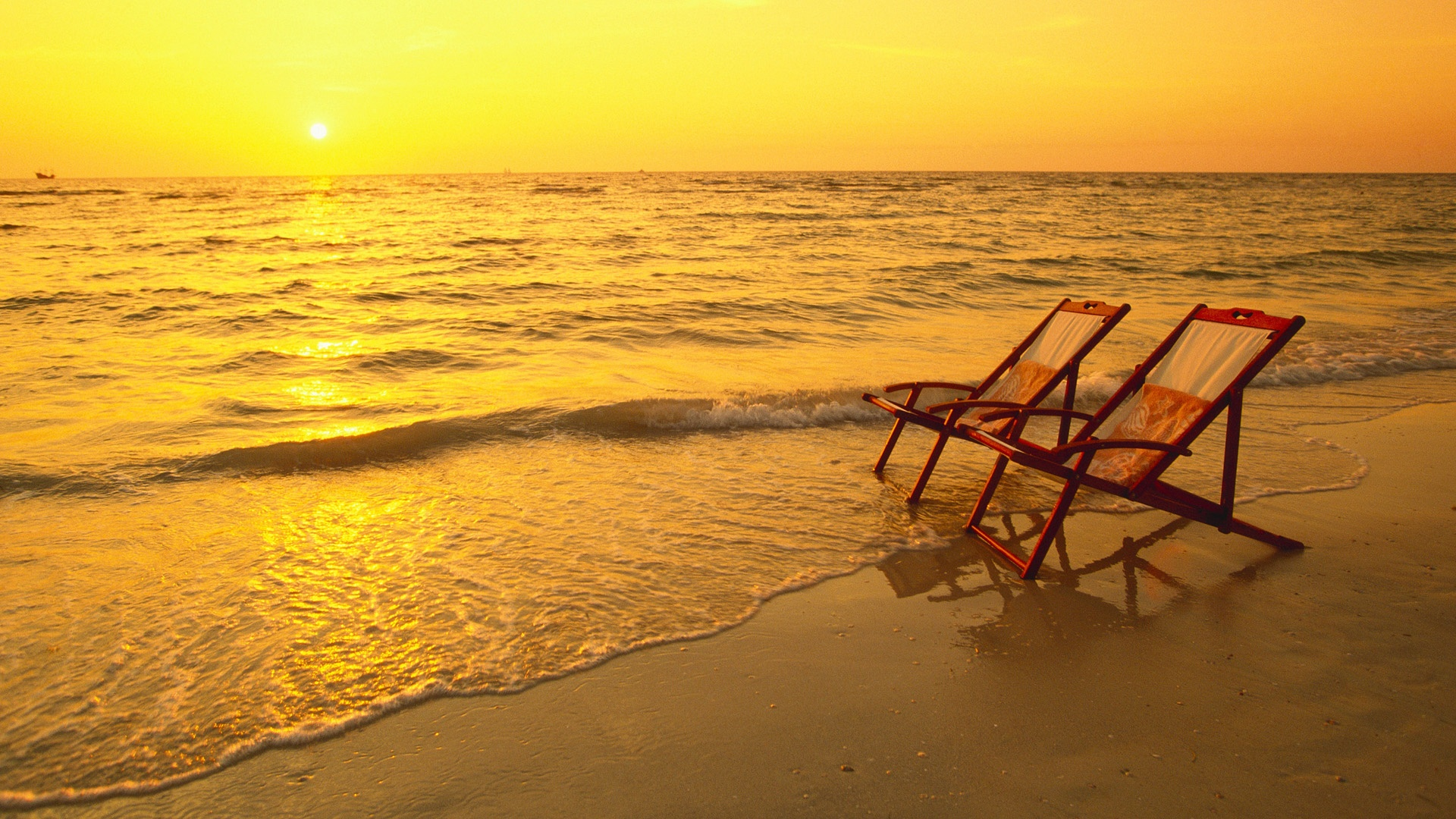 Empty Beach Chairs Wallpapers