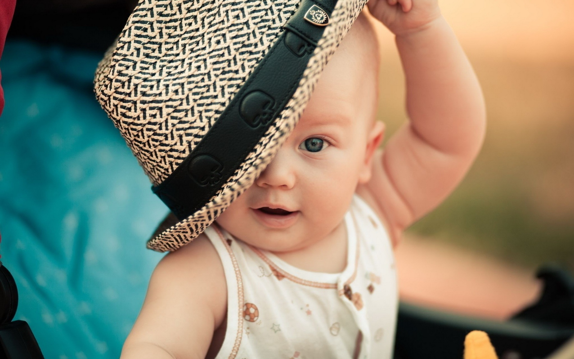 Fashionable hat baby 1920 x 1200 download close
