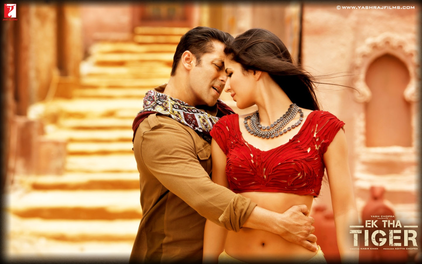 Katrina kaif and salman khan in mashallah song 1440 x 900 download