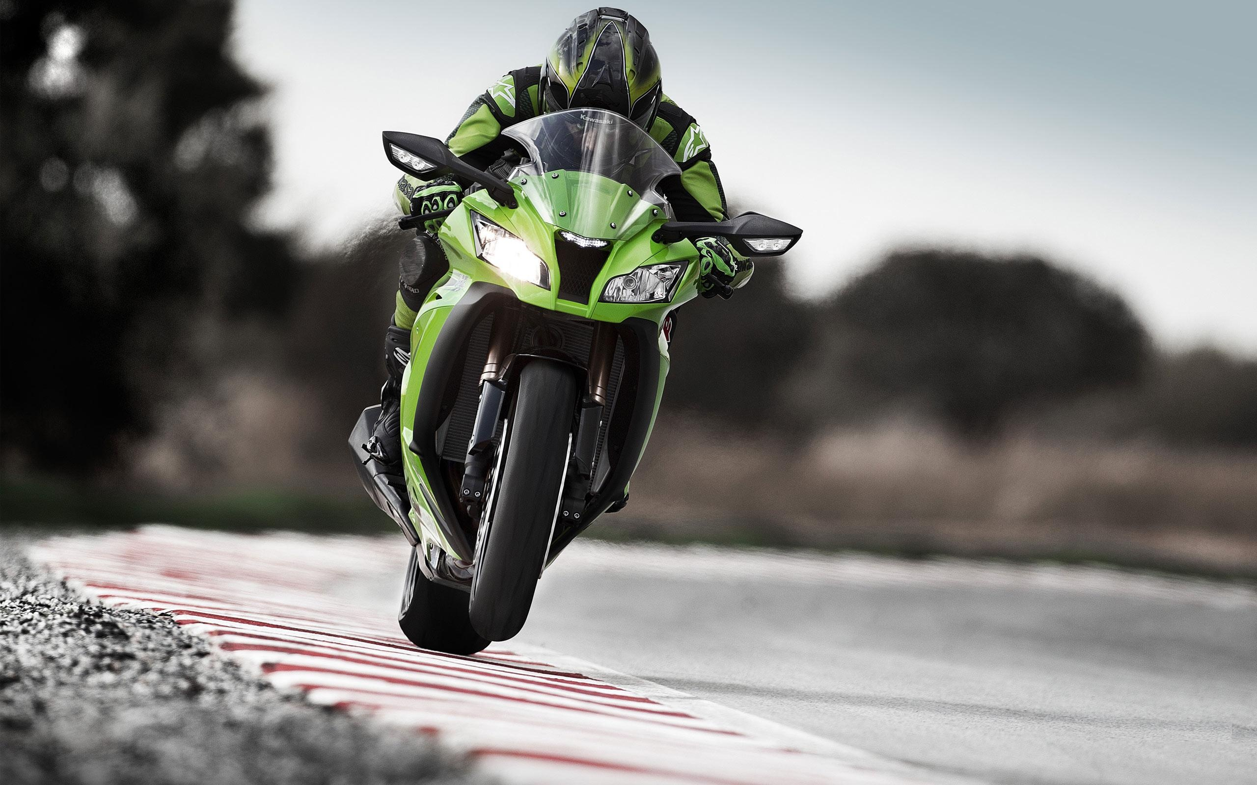 Kawasaki Motorcycle Racing  2560 X 1600 Download Close