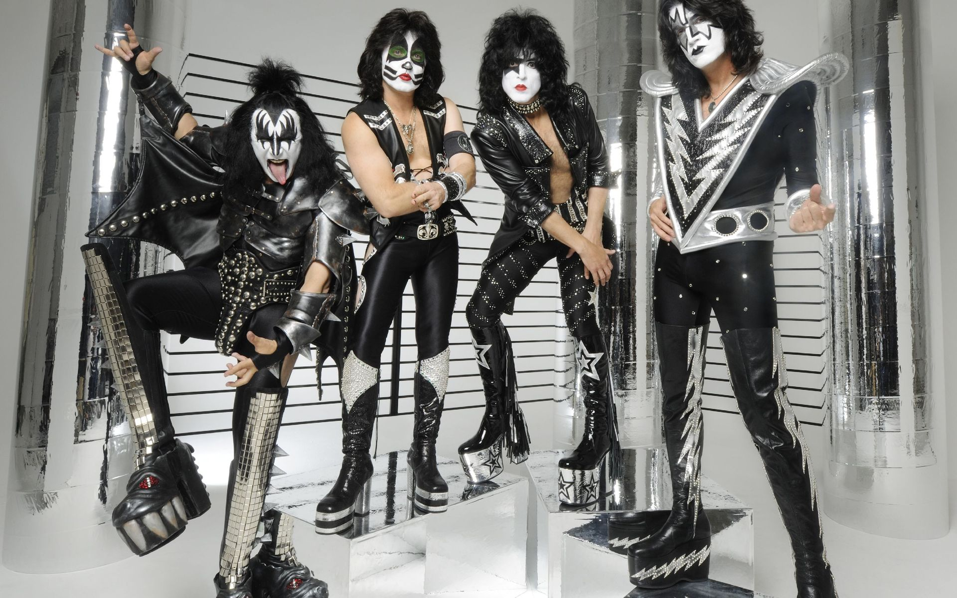 kiss rock group pictures