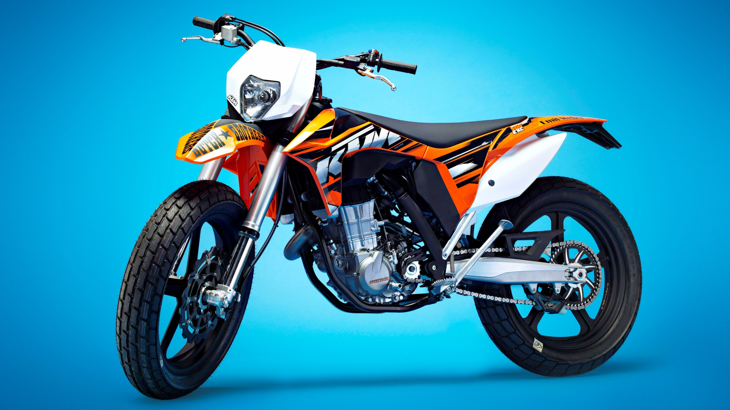 ktm 500 exc supermoto 2016 wallpapers 2400x1350 868850. Black Bedroom Furniture Sets. Home Design Ideas