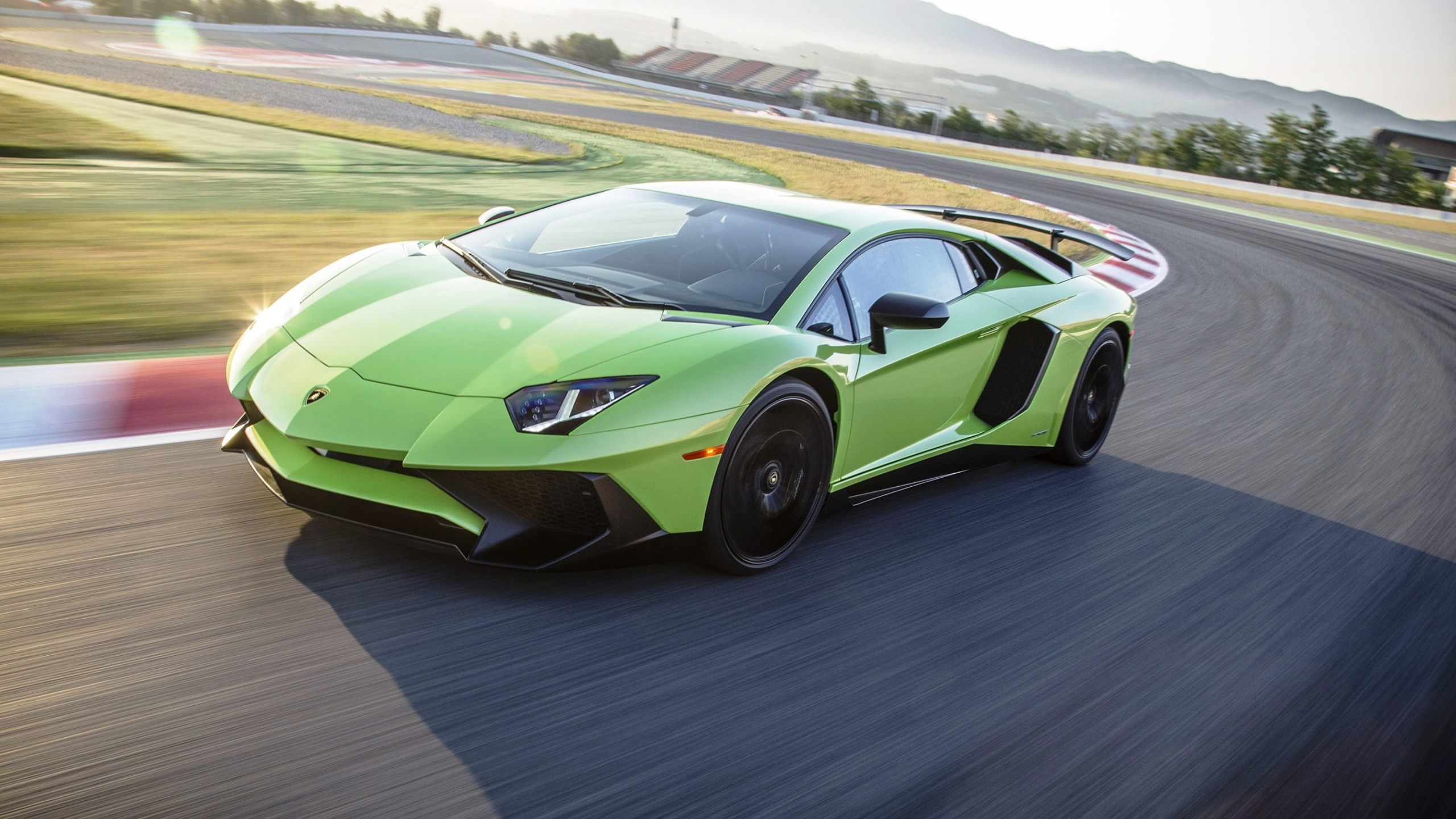 Light Green Lamborghini Aventador Lp750 4 Sv Wallpapers 2560x1440 927863