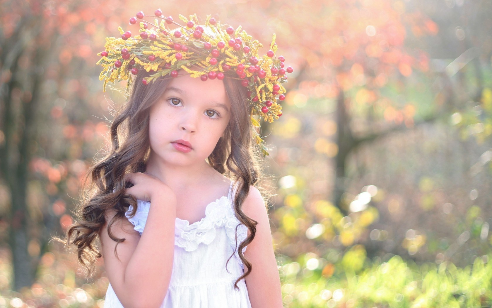 sweet girl child autumn wallpapers 1680x1050 397165