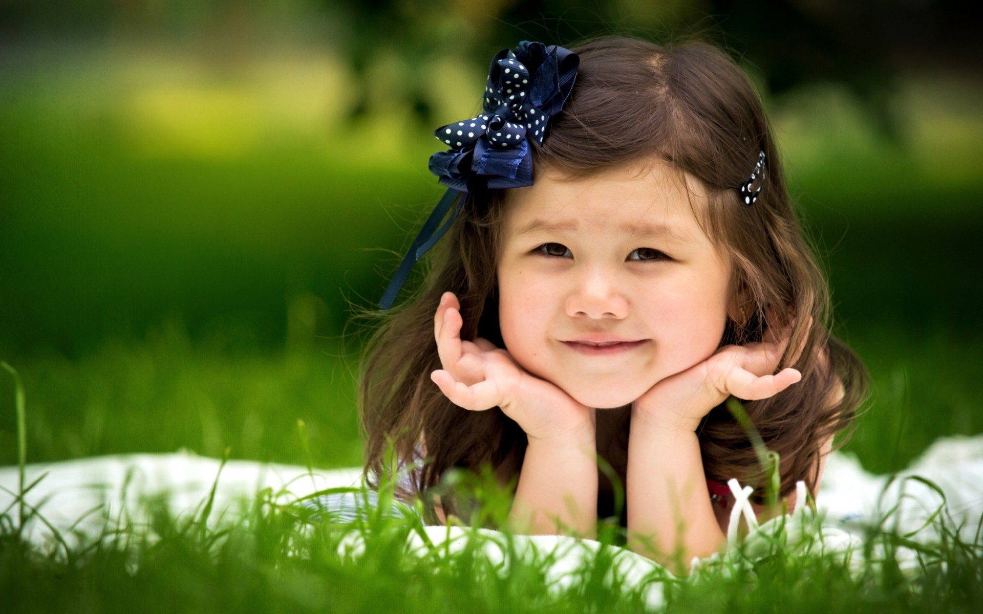 girl with smiling face