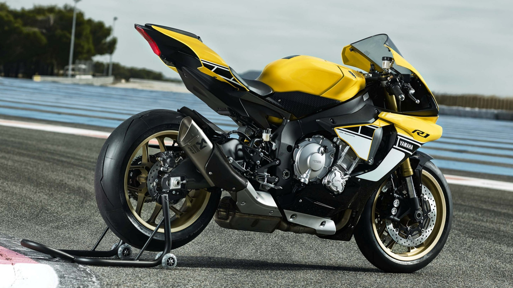 yamaha yzf r1 yellow black 2016 wallpapers 2048x1152 793888. Black Bedroom Furniture Sets. Home Design Ideas