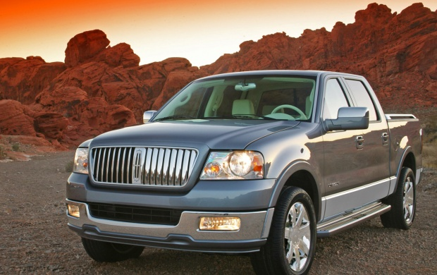 2006 Lincoln Mark LT (click to view)