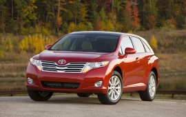 2008 Toyota Venza Red