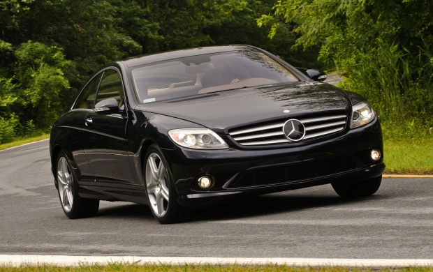 2009 Mercedes Benz CL550 (click to view)