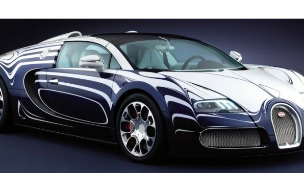 2011 Bugatti Veyron Grand Sport (click to view)