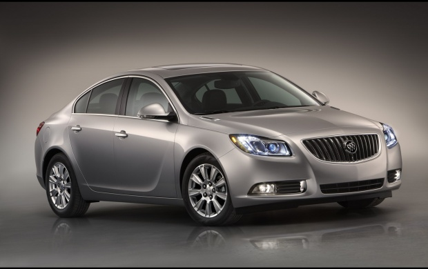 2012 Buick Regal (click to view)