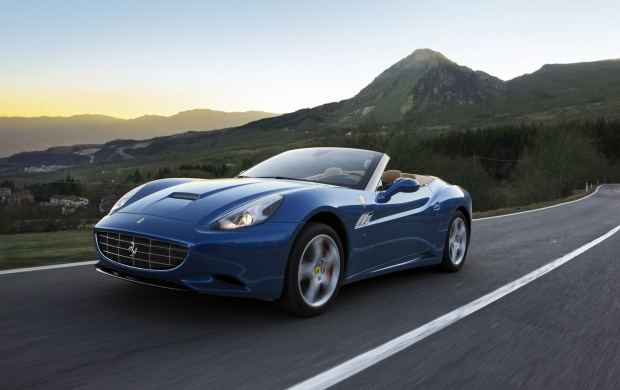 2012 Ferrari California (click to view)