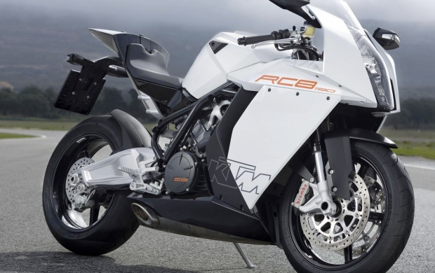 2012 KTM RC8 R (click to view)