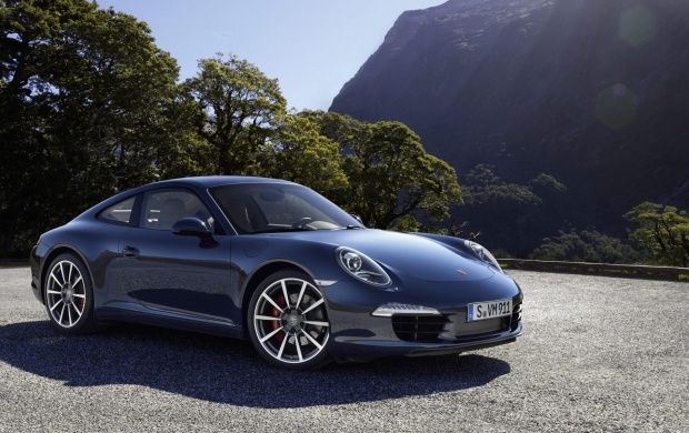 2012 Porsche 911 Carrera S (click to view)