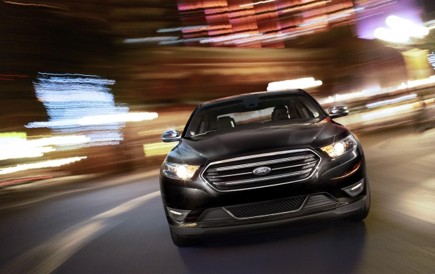 2013 Ford Taurus (click to view)