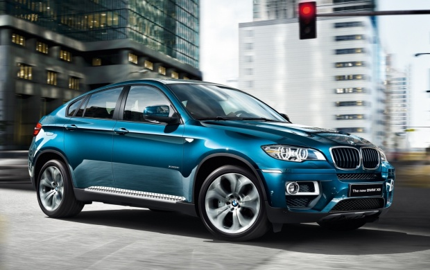 2013 Midnight Blue X6 (click to view)