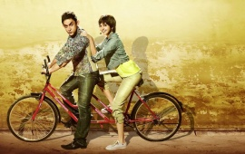 Aamir Khan Anushka Sharma In Cycle