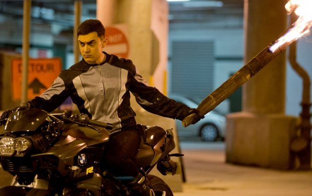 Aamir Khan His Stunts Dhoom 3 (click to view)