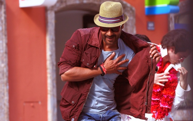 Action Jackson Ajay Devgan Dance (click to view)