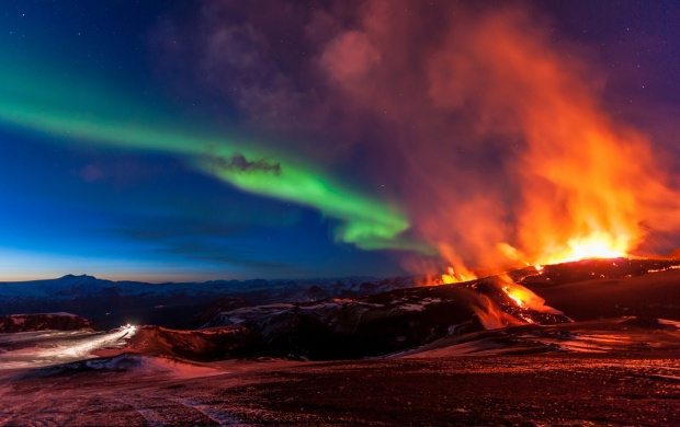 Active Volcano Smoke And Aurora Lights (click to view)