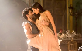 Aditya And Katrina Kaif Dance In Fitoor