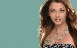 Aishwarya Rai In Smiley