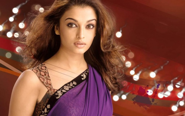 Aishwarya Rai Saree (click to view)