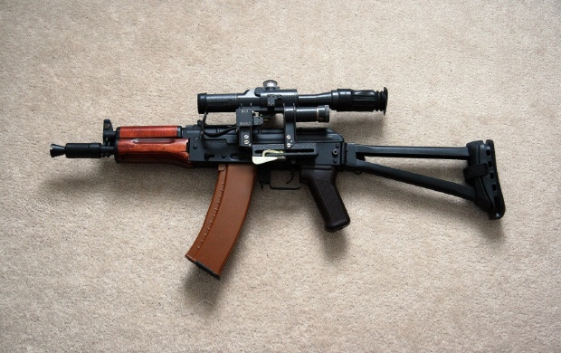 Akm Assault Rifle (click to view)