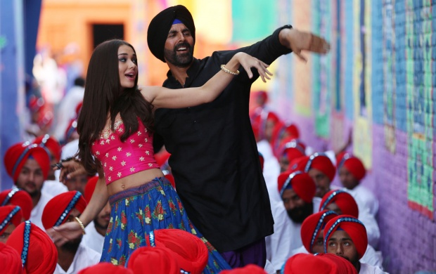Akshay Kumar And Amy Jackson Singh Is Bliing (click to view)