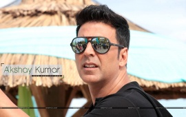 Akshay kumar Wearing Sunglasses