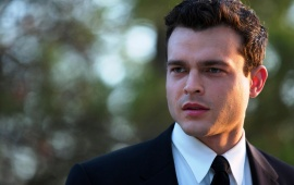 Alden Ehrenreich In Rules Don't Apply 2016