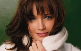 Alexis Bledel - Close Up
