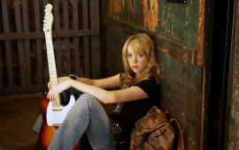 Alexz Johnson Singer