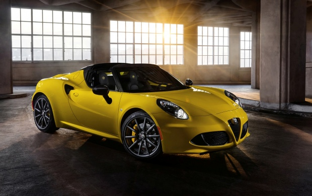 Alfa Romeo 4C Spider 2015 (click to view)