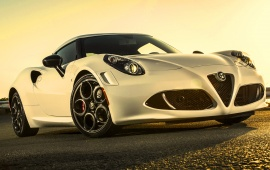 Alfa Romeo 4C USA Version 2015