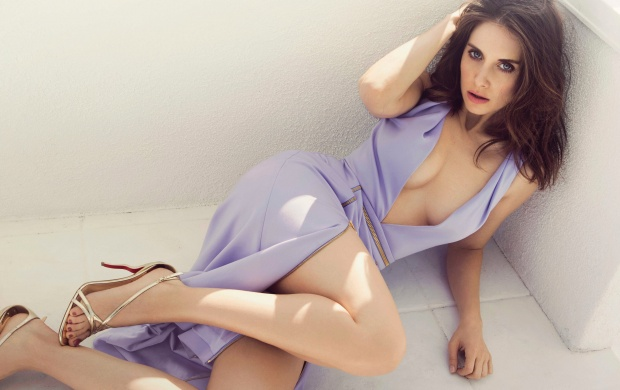 Alison Brie NY Post 2016 (click to view)