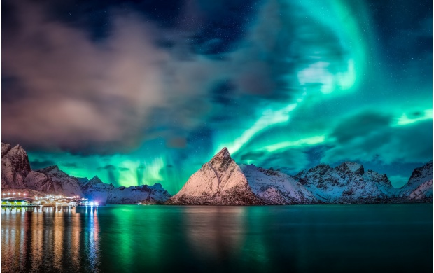 Amazing Aurora Colors (click to view)