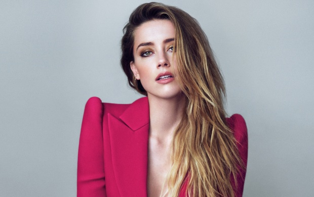 Amber Heard Marie Claire 2015 (click to view)