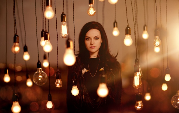 Amy Macdonald Life In A Beautiful Light (click to view)