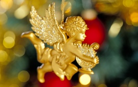 Angel On The Tree