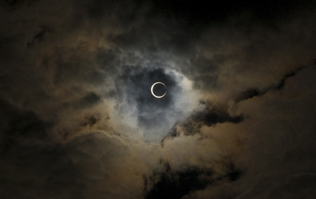 Annular Eclipse With Clouds (click to view)