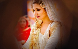 Anushka Sharma In Wedding Dress