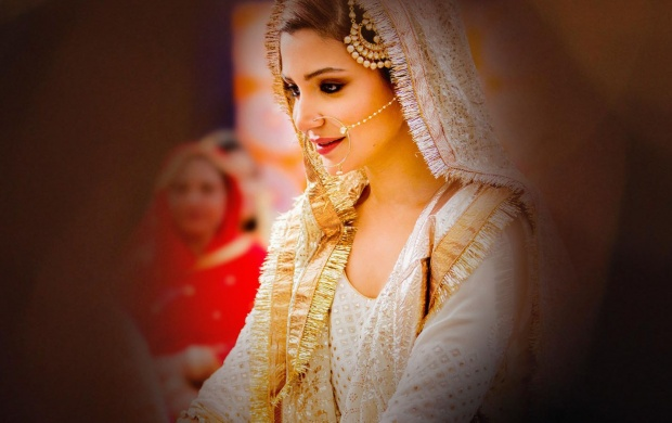 Anushka Sharma In Wedding Dress (click to view)
