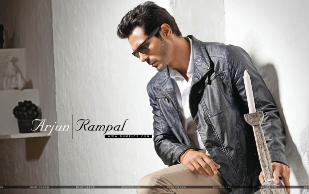 Arjun Rampal Hold Candle (click to view)