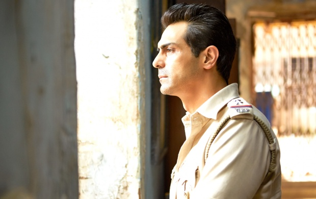 Arjun Rampal In Kahaani 2 (click to view)