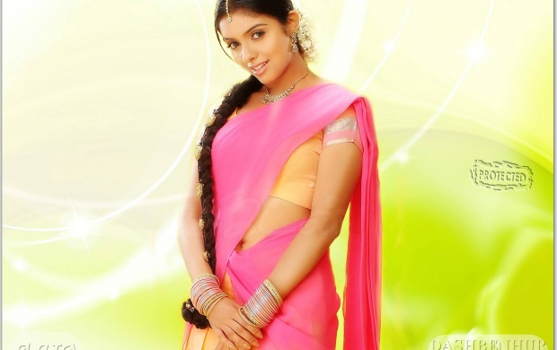 Asin In Pink Saree (click to view)